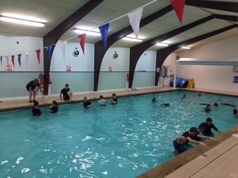 Bumper Rookie Instructor Course For 2017 Rlss Worcestershire Herefordshire